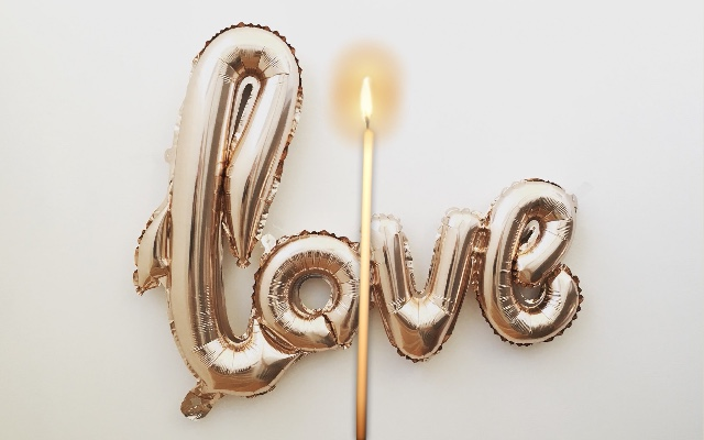 candle love theme